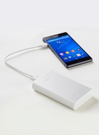 Sony Taşınabilir Şarj Cihazı Beyaz